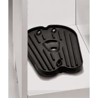 Plastic tray for shoes